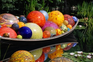 chihuly_float_boat
